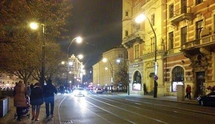 רחוב בפראג בלילה